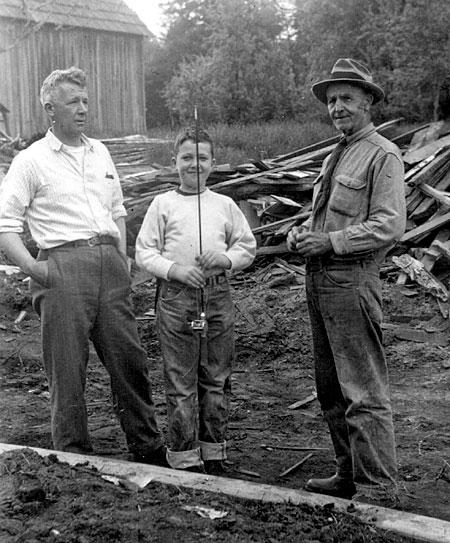 Robert Worthington, son James and Captain James Dickson. (photo taken in 1954)